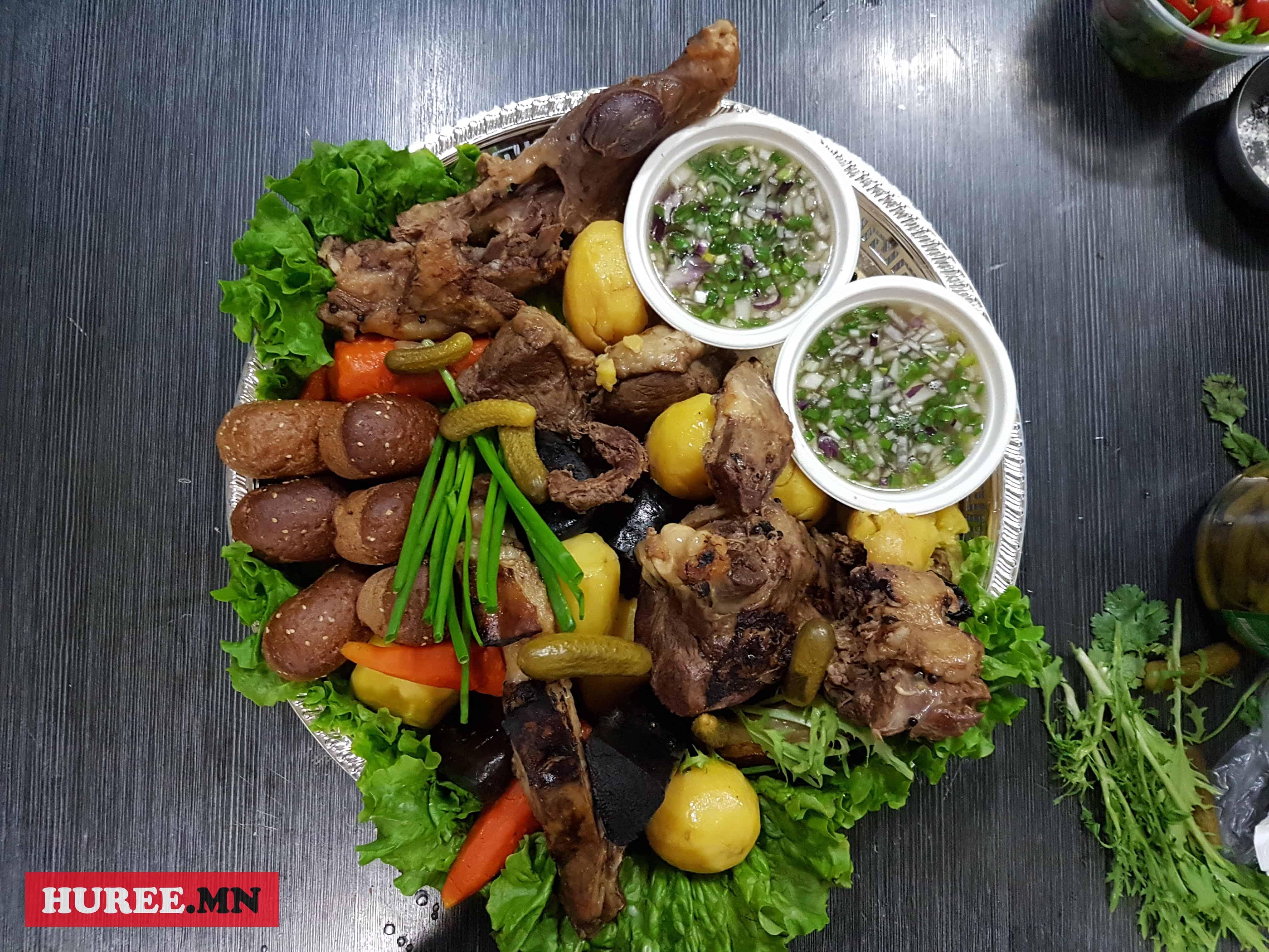 Буурч монгол зоог